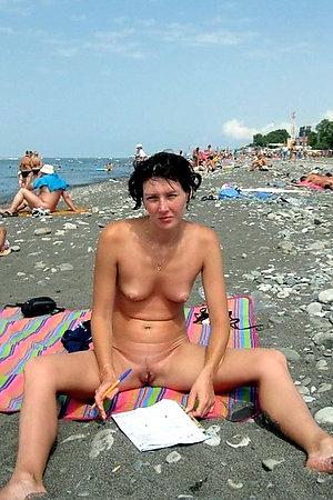Nigh unto camera in chum around with annoy sky chum around with annoy nudist margin